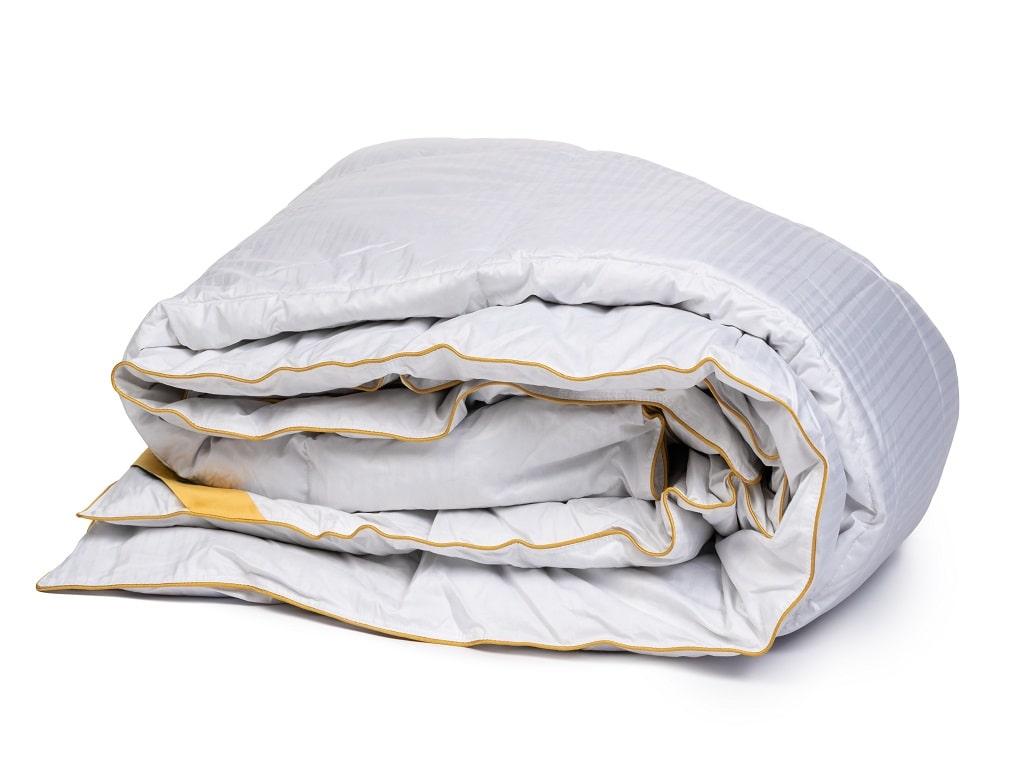 5 Bahan Bed Cover Yang Membuat Tidur Semakin Nyenyak